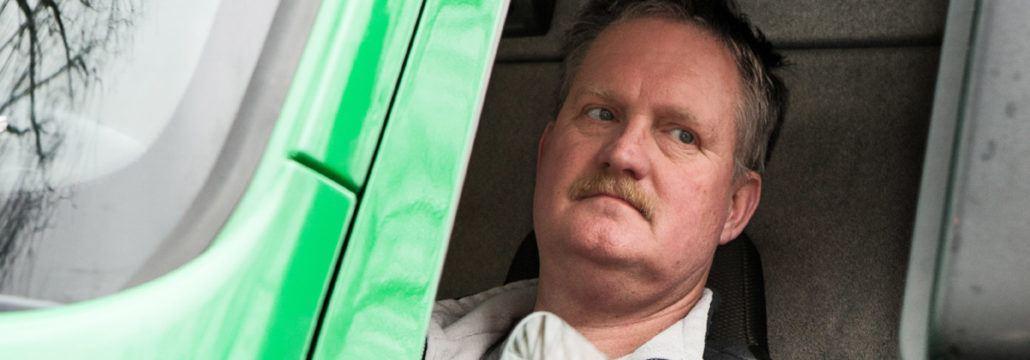 chauffeur Rob Buursink (48), transp. Lesscher te Deurningen.